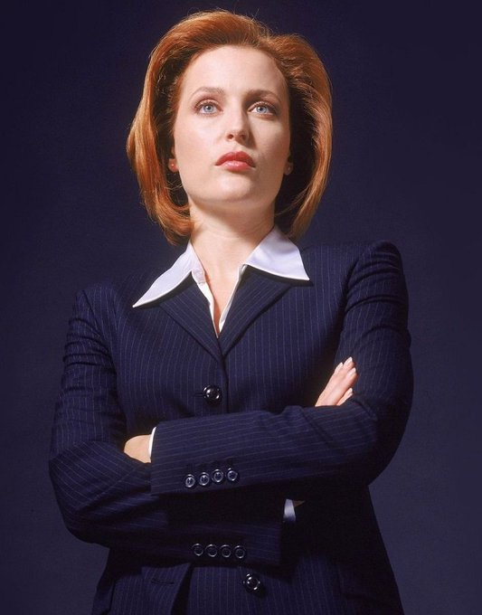 Happy 50th birthday to Gillian Anderson today!