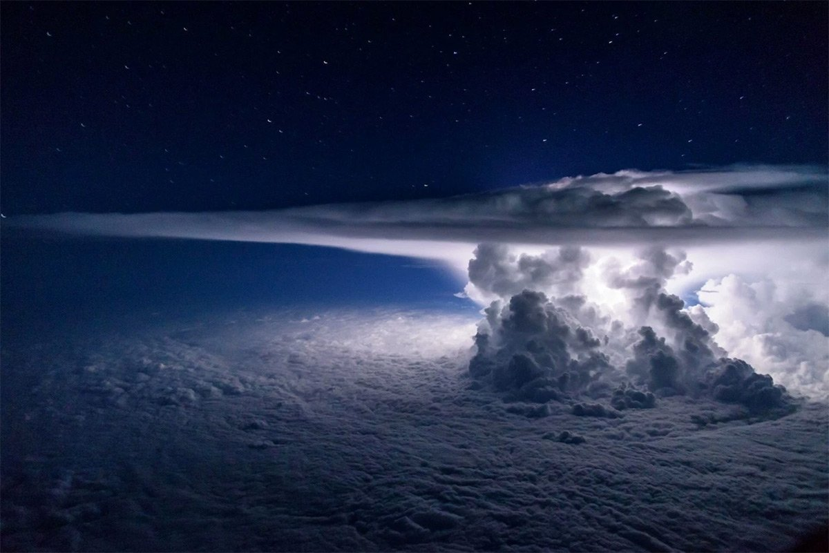 """Amf Bz anna """"like in frozen"""" hughes on twitter: """"thunderstorm from"""