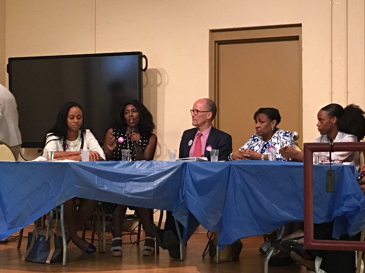 @Emerge_PA board members @MaritaGarrett + @K_ClarkSmile talking WOC and power in politics w/ @TomPerez + @SummerForPA + @Valerie_M_R In @CityPGH #WomenInLeadership <br>http://pic.twitter.com/JxERz4DL55