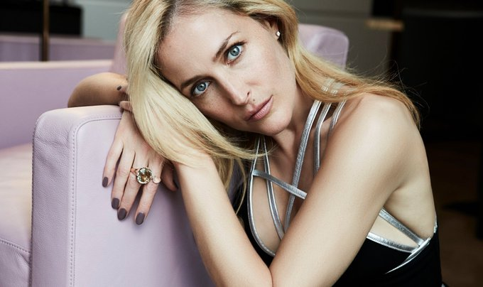 Happy Birthday to multi talented actress of stage and screen, writer and activist Gillian Anderson.