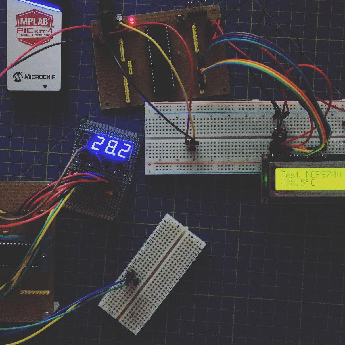 Picmcu Hashtag On Twitter Digital Thermometer With Pic16f84 Circuit Settorezerocom Wordpress Realizziamo Un Termometro Digitale Corso Programmazione Microcontrollori Pic In C Aggiornamento Mplab X Il Modulo Adcc