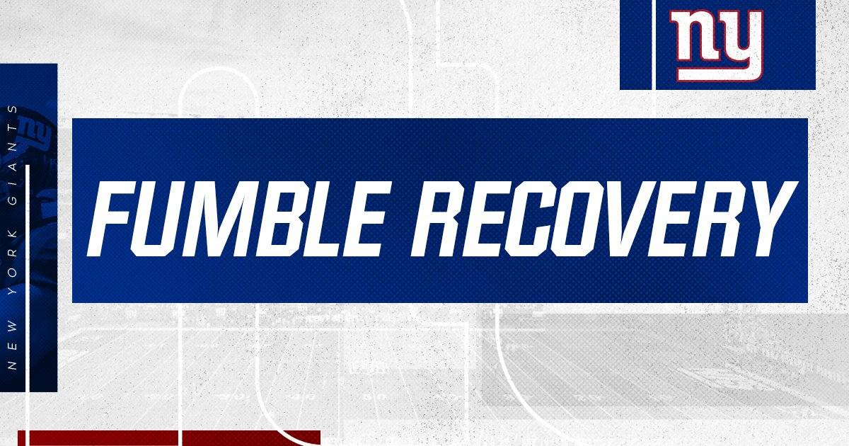 FUMBLE! @zdeossie recovers it for Big Blue deep in Cleveland territory! #CLEvsNYG <br>http://pic.twitter.com/505KeqQuOm