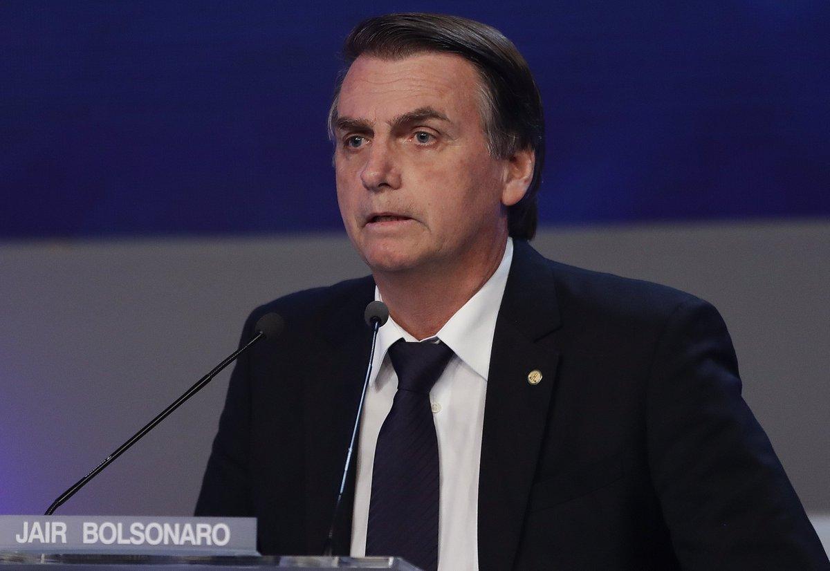 5f56c01a67663  DebateBand Bolsonaro fala em combater  indústria da multa  no País   acompanhe ao
