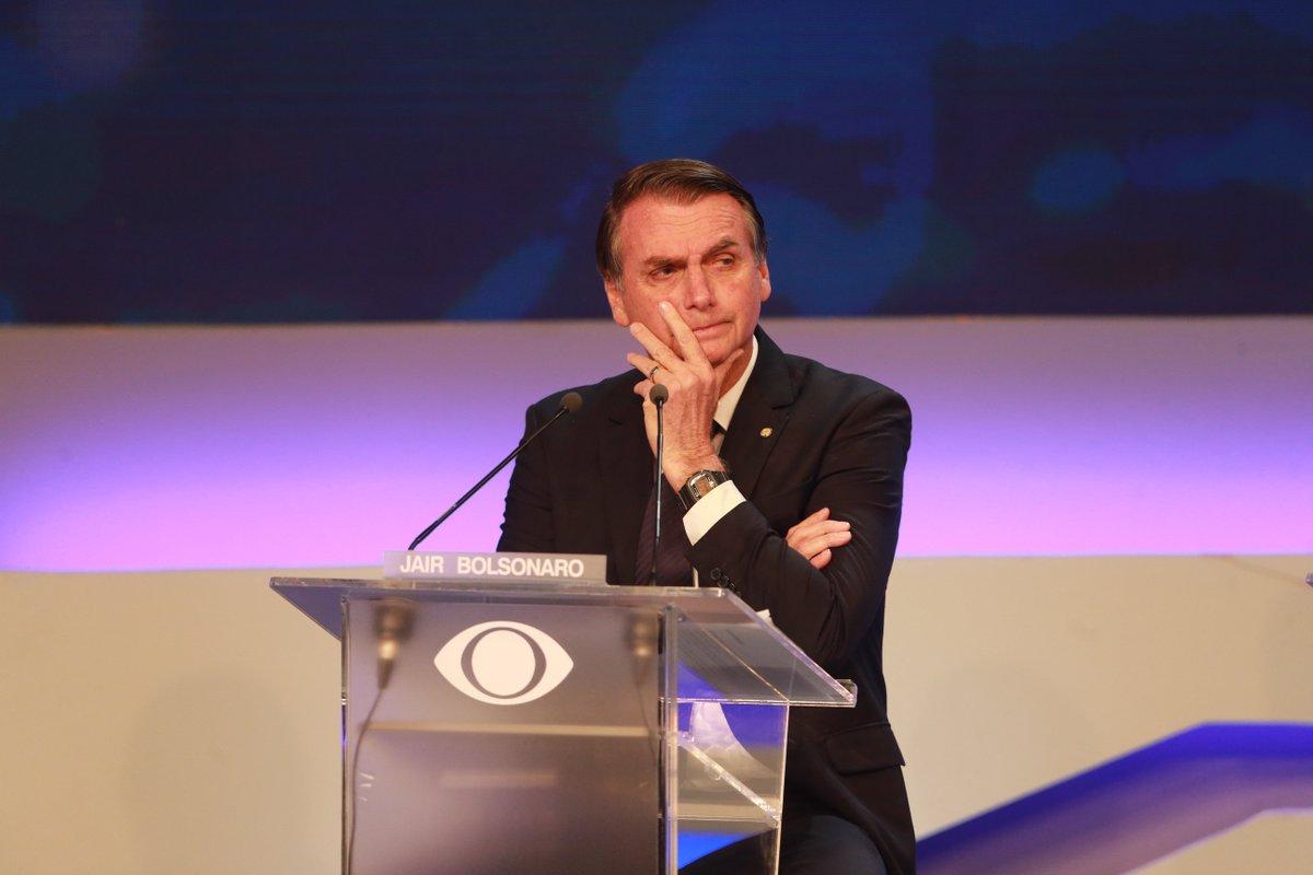 #DebateBand BASTIDORES: Bolsonaro tem direito de resposta negado, começa a falar no microfone e chama a Anvisa de corrupta; acompanhe https://t.co/hgQmEE5uVX