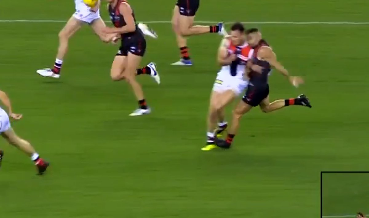 Garry Lyon slams Nathan Brown for &quot;weak act&quot; after he lays out Adam Saad with heavy bump. Would this warrant a red card? Watch the incident here. |  https:// sen.lu/2nr9Ihb  &nbsp;   | #AFLDonsSaints <br>http://pic.twitter.com/oZN6ZpGFFw