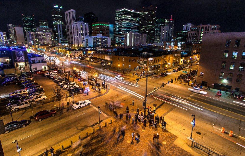 free Modeling Urban Dynamics: Mobility,
