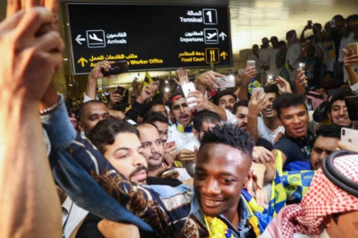 Al-Nassr supporters welcome Ahmed Musa to Saudi Arabia https://t.co/U1IHHMckf6 via @todayng