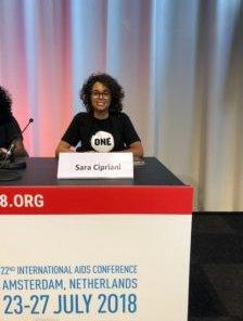 La nostra @saracipriani9 ha portato la sua testimonianza di giovane attivista contro la #povertà estrema e le #malattie prevenibili alla conferenza internazionale sull\