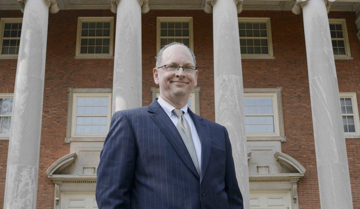 Alabama AFL-CIO backs Judge Bob Vance for Chief Justice  http:// bit.ly/2KFiRvv  &nbsp;   #ALPolitics <br>http://pic.twitter.com/dqkwI1ke7l