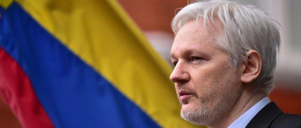 Arrestar a Julian Assange es una prioridad, según el fiscal estadounidense Jeff Sessions eluniverso.com/noticias/2018/…