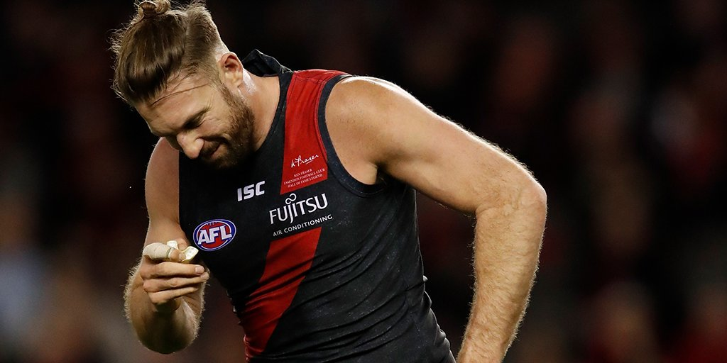 Injury Update |   Raz + Hooker will take no further part in the game, they join Saad and Goddard who are already out.  We have no bench for the remainder of the match.  #AFLDonsSaints #DonTheSash <br>http://pic.twitter.com/3Ba7cqp2VB