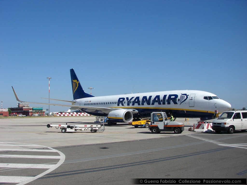 #Ryanair, #55mila #Passeggeri a #Terra per lo #Sciopero più #Grande della #Storia https://is.gd/VBltXp  - Ukustom