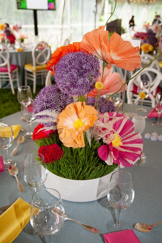 Wave hill on twitter no surprise floral guru livia cetti of the her paper flowers lent a graceful creative touch to table settings at wave hills spring gala in may were so grateful for her stewardship and support mightylinksfo