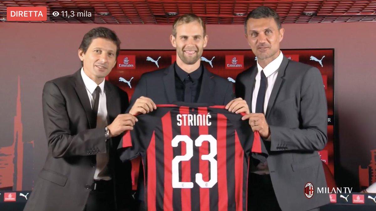 Entrano a far parte della famiglia del #Milan Ivan #Strinic e Pepe #Reina. Entrambi hanno fatto una scelta consapevole,rispettando la gloriosa storia della maglia che indosseranno.Benvenuti!Altro che capricci e presunzione: abbiamo bisogno di uomini,prima ancora che di campioni!  - Ukustom