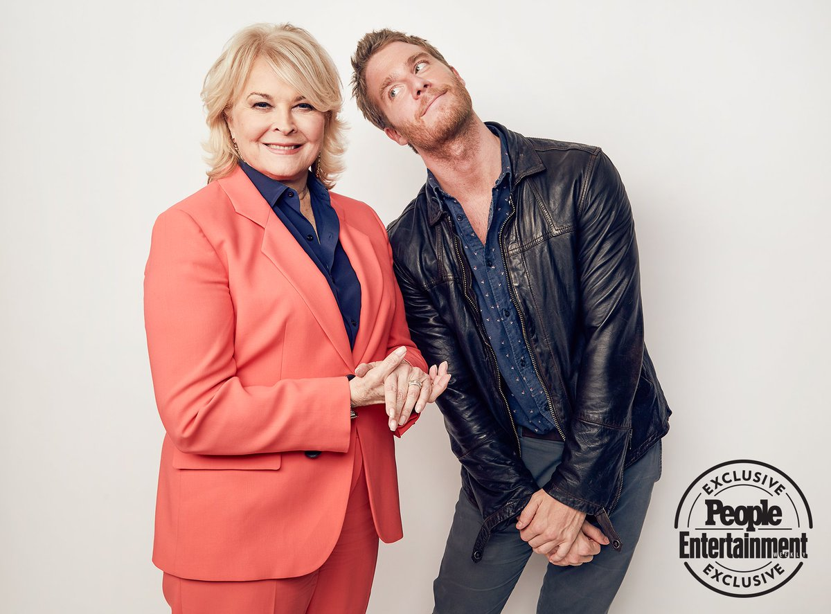 Happy Friday! Enjoy this exclusive @people picture of Avery (Jr) and Mom (aka #MurphyBrown)  #CandiceBergen #revivcal #JakeMcDorman #DianeEnglish #CBS #comedy #MurphyBrownCBS<br>http://pic.twitter.com/7UA78dh1PA