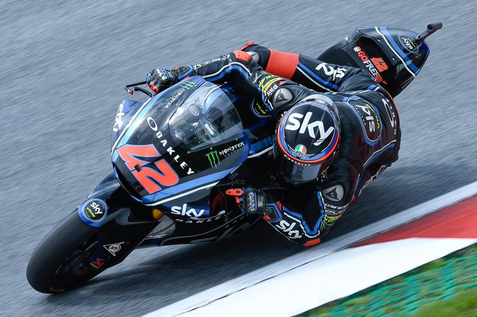 Odendaal leads wet FP2, Bagnaia top overall The South African set the quickest time in the wet conditions but Bagnaia's dry FP1 time ensures he's Friday's fastest rider #MotoGP | #AustrianGP 📰 Photo