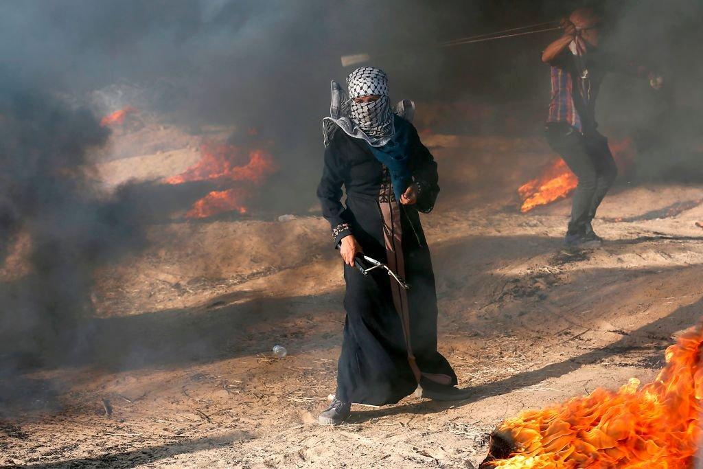 Ancora scontri al confine tra #Israele e #Gaza, ucciso un medico palestinese. I feriti sarebbero decine. L\