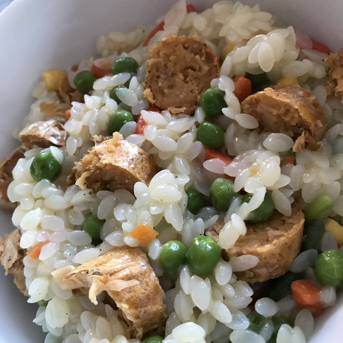 #PKU ham and chorizo risotto - 2 ex of frozen veg, a ham stock cube and one @Hooba_Foods vegan chorizo sausage.<br>http://pic.twitter.com/IVNR4uInjD