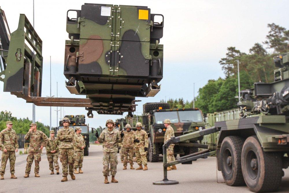 السويد تختار منظومة باتريوت الاميركية المضادة للصواريخ DkQpfqgWwAAxcNx