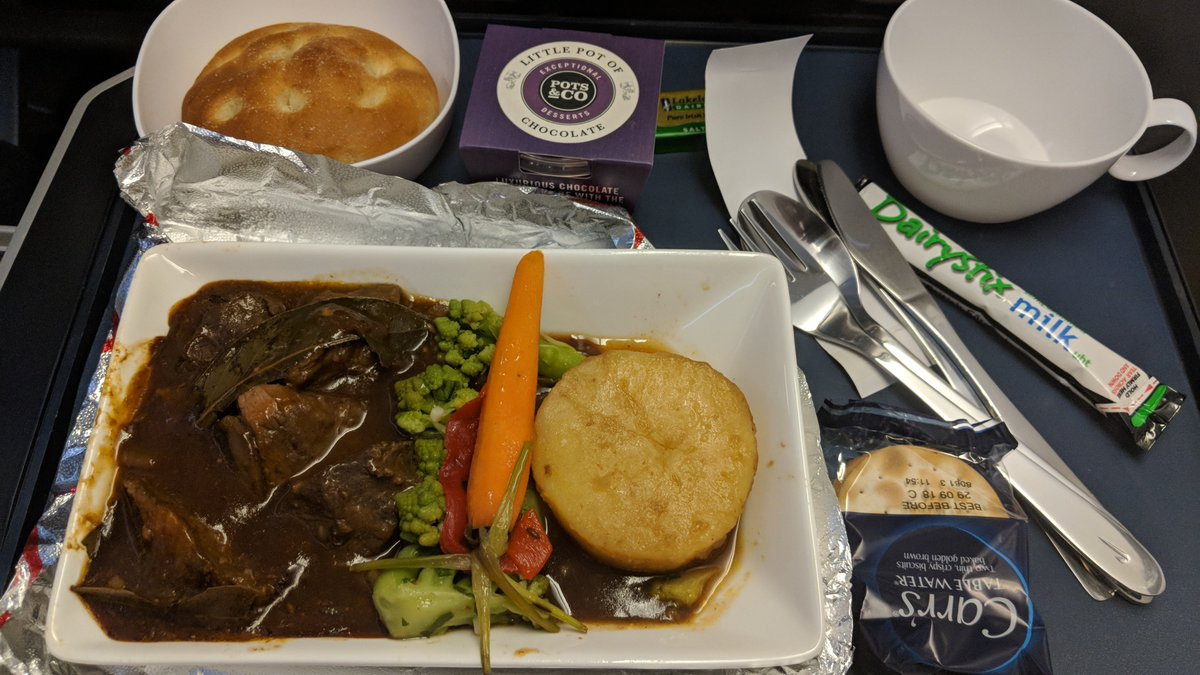 For my upcoming #MIA to #LHR @AmericanAir flight in #PremiumEconomy, I went online to pre-book my main entree of short ribs. Don&#39;t want a repeat of recent #AA PE flight (right) when half-way thru the PE cabin, they ran out of choices.  @British_Airways PE meal is the left pic.<br>http://pic.twitter.com/PRgtZ8DiN8