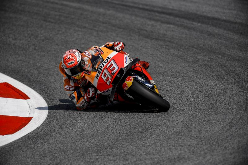 Repsol Honda - Marquez and Pedrosa secure provisional Q2 positions in mixed Austrian weather  https:// motogp.hondaracingcorporation.com/report/marquez -and-pedrosa-secure-provisional-q2-positions-in-mixed-austrian-weather/#.W23-R_pKO-k.twitter &nbsp; …  #MotoGP #MM93 #DP26 <br>http://pic.twitter.com/hDRuGMx4Zz