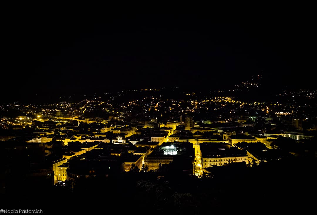 #SanLorenzo, Io lo so perché tanto di stelle per l'aria tranquillaarde e cade, perché sì gran piantonel concavo cielo sfavilla...(da X Agosto di #Pascoli)Ora vediamo se c\