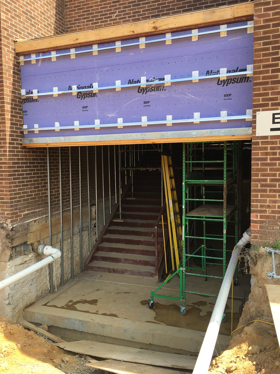 Accessibility improvements for <a target='_blank' href='http://twitter.com/JeffersonIBMYP'>@JeffersonIBMYP</a> stairs almost closed in a ready for finishes <a target='_blank' href='http://twitter.com/APS_SecondaryEd'>@APS_SecondaryEd</a> <a target='_blank' href='http://search.twitter.com/search?q=FleetES'><a target='_blank' href='https://twitter.com/hashtag/FleetES?src=hash'>#FleetES</a></a> <a target='_blank' href='https://t.co/xj3sawoGaL'>https://t.co/xj3sawoGaL</a>