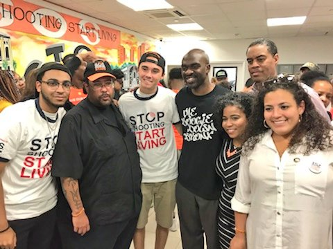 Inspired, meeting and listening to the survivors of gun violence, from both, Parkland and BX. Gun violence is an issue that is prevalent in so many of our communities &amp; orgs like @SOS_Bronx are part of the solution. It&#39;s time for our youth to lead! #MarchForOurLives <br>http://pic.twitter.com/quzXGCRLe1