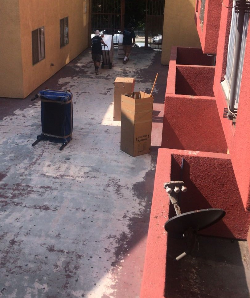 Today a moving/storage company came to move the Cambriz&#39;s belongings all the way to Sun Valley. 16 miles away from #BurlingtonUnidos. Bldg manager claimed he didn&#39;t know about it. But who let them into the apt? Is #LisaEhrlich making an example out of this family?<br>http://pic.twitter.com/WJModtLloP