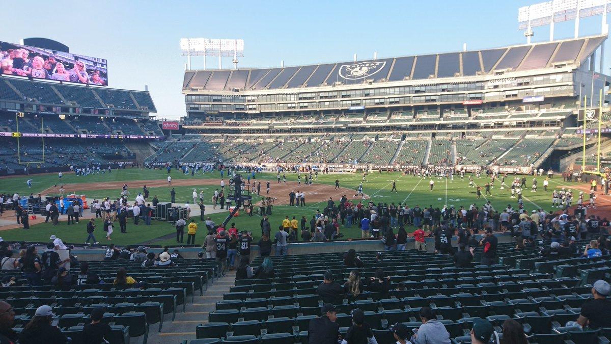 test Twitter Media - Heute mal was ganz anderes: 1. Preseason Spiel der Oakland Raiders https://t.co/eYPTu5FkKs