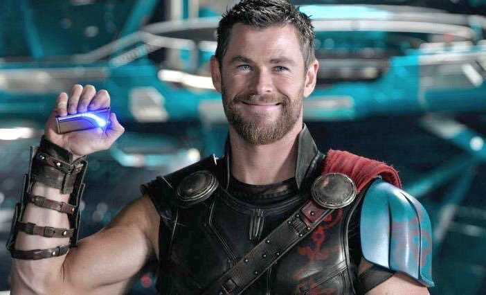 Happy Birthday for Chris Hemsworth and all of his rps! Wish you all the best!