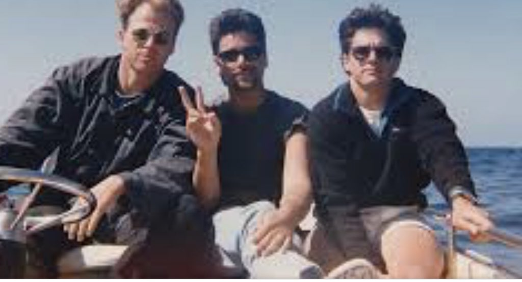 Well #Flashback Captain Kin at the helm in middle of the pacific circa late 80s with 2 @GeneralHospital costars @JohnStamos  @BillyWarlock<br>http://pic.twitter.com/mMIzXFIZmX