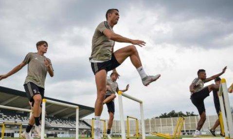 """#CristianoRonaldo: """"Sognavo la Juve fin da bambino. Sono felice e pronto a vincere"""" >http://mdst.it/29a1230756/<  - Ukustom"""