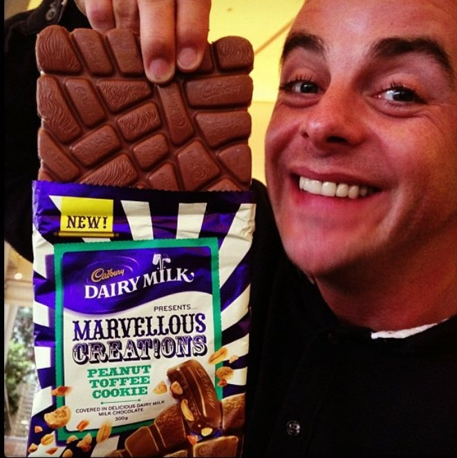 A marvellous creation... and some chocolate  #antmcpartlin <br>http://pic.twitter.com/9FQpGJa34G