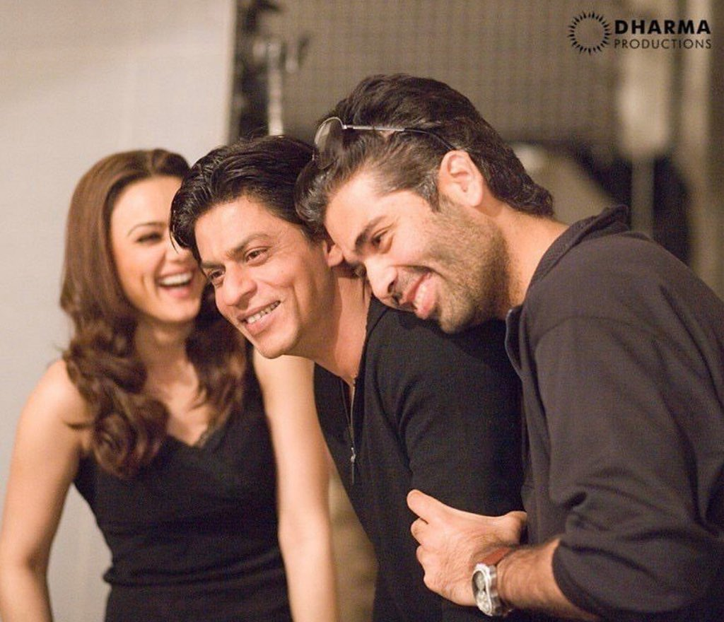 .@realpreityzinta shares a #throwback picture from the sets of Kabhi Alvida Naa Kehna. #12YearsOfKANK
