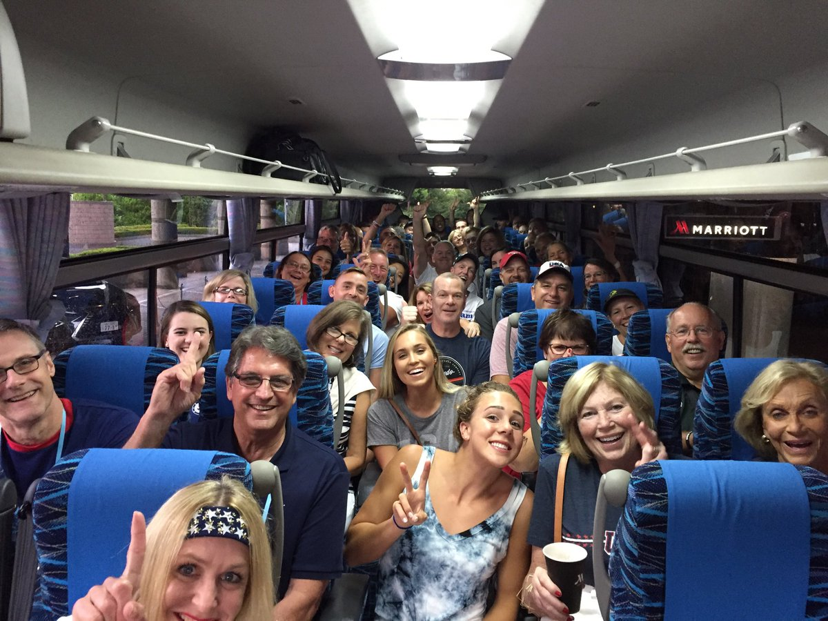 The ⁦@USASwimming⁩ families rolling to cheer on the team in Tokyo. #PanPacs2018 <br>http://pic.twitter.com/lU6XaeBRo9