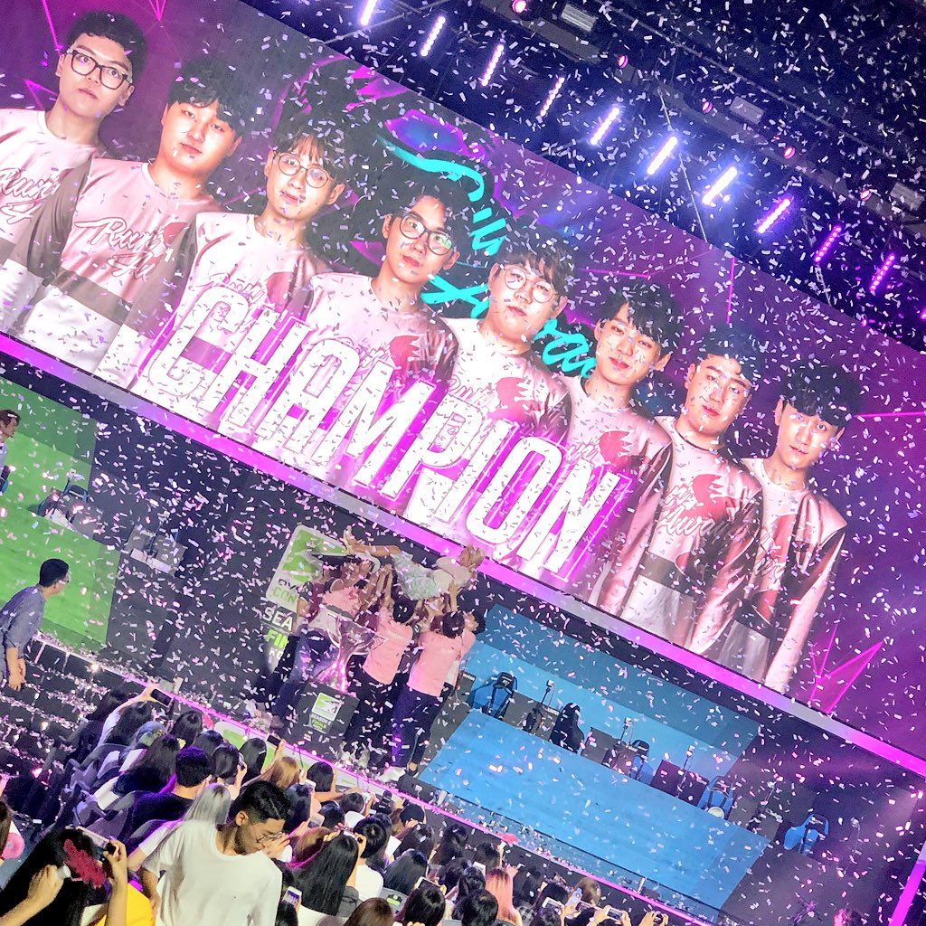 Flowervin tossed in the air as for the first time, @Runaway_OW are champions. What an amazing Finals. What a season. Korean Overwatch never disappoints.<br>http://pic.twitter.com/ES0Ygyw1Av