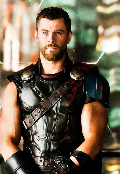 Happy birthday, Chris Hemsworth! Our favourite hammer-wielding god of thunder turns 35 today.