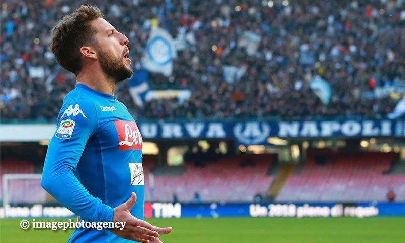 """#Calciomercato, il ds dello Standard Liegi frena per #Ochoa al #Napoli: """"Anche noi vorremmo #Mertens in prestito...""""   http:// www.calciodangolo.com/2018/08/calciomercato-napoli-ds-standard-liegi-ochoa-anche-noi-vorremmo-mertens/  - Ukustom"""
