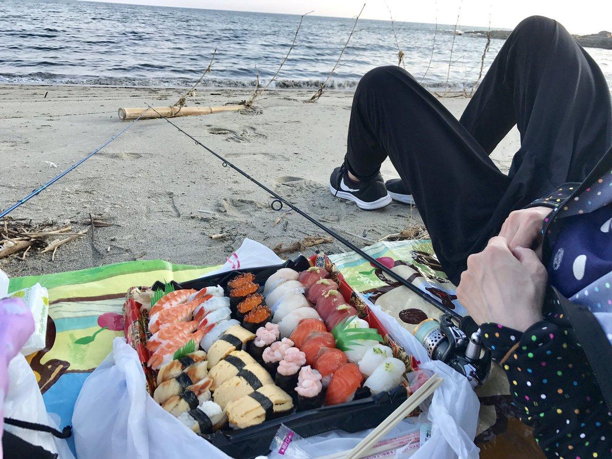 虹ヶ浜にキス釣りに来たけどとてもキス釣りしに来たとは思えない https://t.co/qeL0IvEOZo