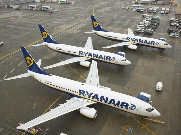#Ryanair, ancora disagi coi voli? In caso di #volocancellato senza 15gg. di preavviso o #ritardovolo di 3 ore e oltre, conserva la carta d\