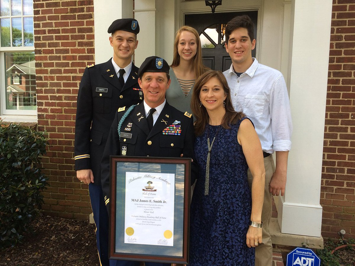 """Major James E. Smith Jr. was inducted Saturday into the Hall of Fame of the Palmetto Military Academy -- the SC National Guard&#39;s Officer Candidate School -- for his extraordinary """"bravery and commitment"""" in military service. Please read the attached citation. @JamesSmithSC<br>http://pic.twitter.com/AlPk3QSwtj"""