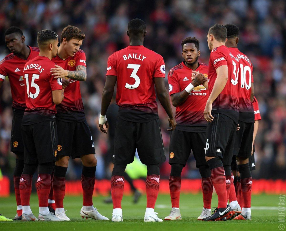 Recuerdos de nuestro primer partido de @premierleague... #MUFC #MUNLEI