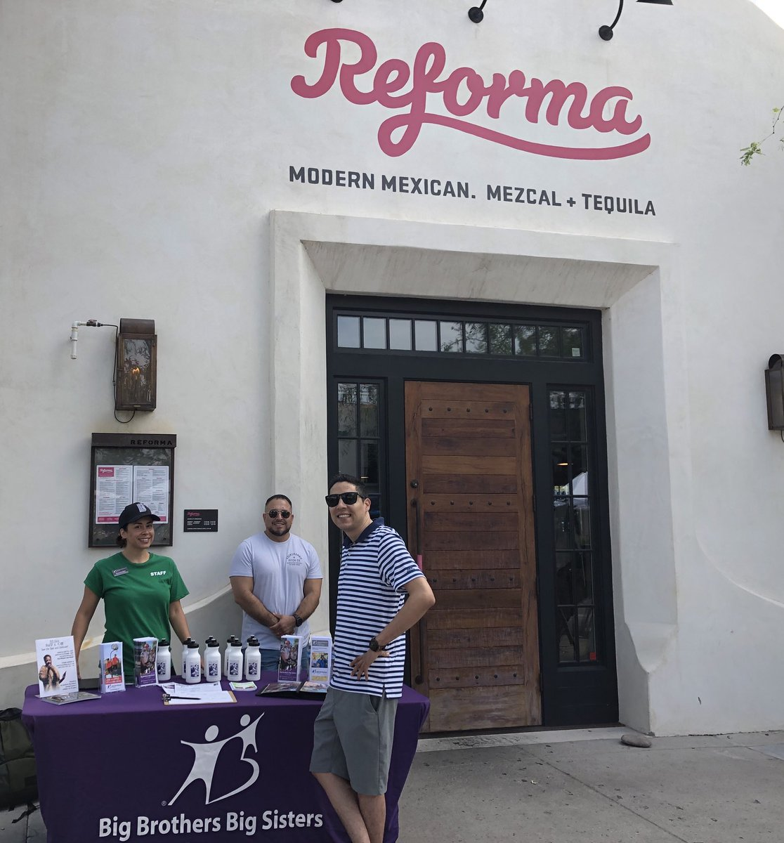 Come say hello to our El Tour team this morning at Reforma Modern Mexican. Mezcal + Tequila from 10-12 at our Kick-Off Ride and information session.   Reforma will be opening early for us to have brunch and 10% of the proceeds go back to Big Brothers Big Sisters of Tucson. <br>http://pic.twitter.com/UfwEQd1hO8