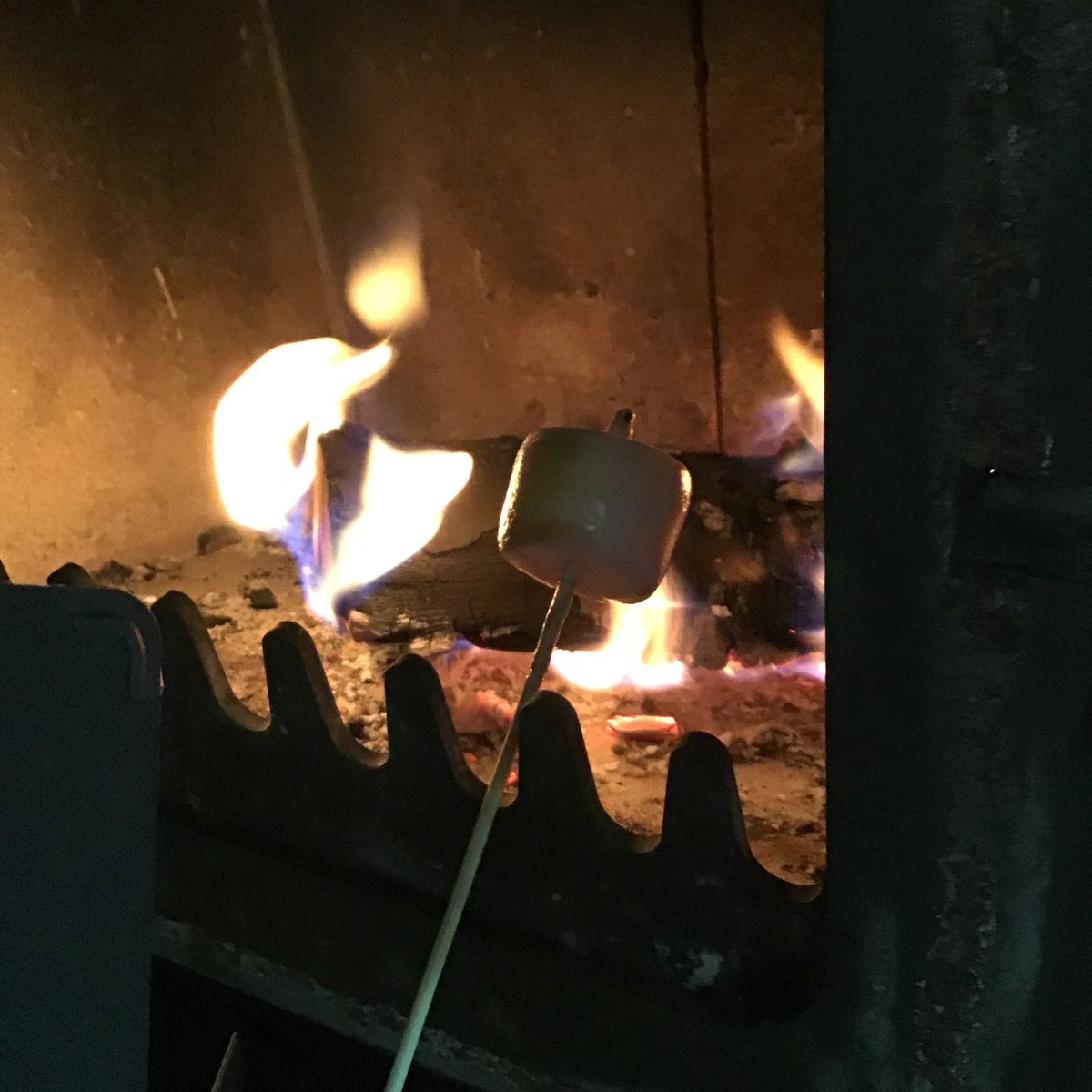So long, heatwave!  A few days ago feeling cold was a distant memory, but now the lovely British weather arrives.  Bring on the #logfire and #smores! #NationalSmoresDay  #teacher5aday #ukheatwave #keepingwarm<br>http://pic.twitter.com/tYJEt1oJfy