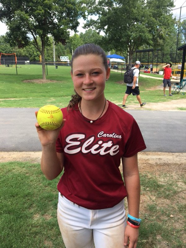 Congratulations to Lauren Love (2021) from Matthews, NC for her yard work today at the Cardinals Late Summer Showcase.  Great job! #LT #Laurel <br>http://pic.twitter.com/n5SnPdOYIp