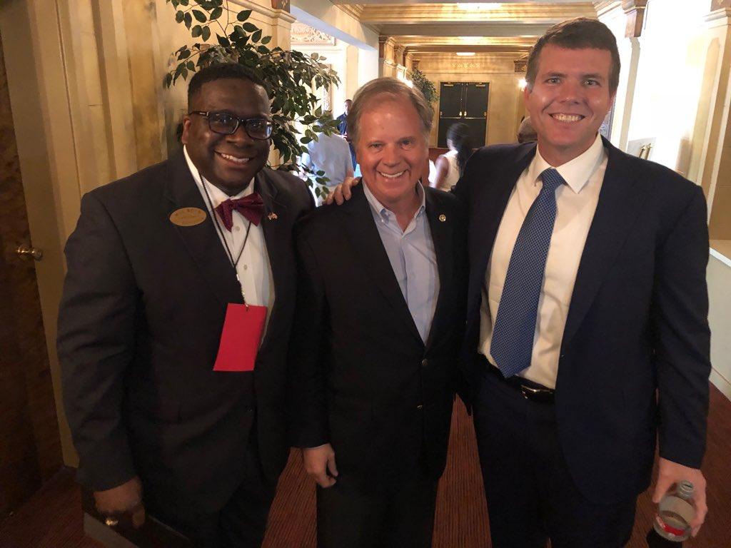 "Here is the team that will ""lead Alabama forward""!  I'm honored to stand with my friends—U.S. Senator Doug Jones &amp; future Governor Walt Maddox!  #WillBoydforLtGov #WillBoydforAlabama #LeadingAlabamaForward @SenDougJones @WaltMaddox #ALPolitics <br>http://pic.twitter.com/kh5RU9LRvx"