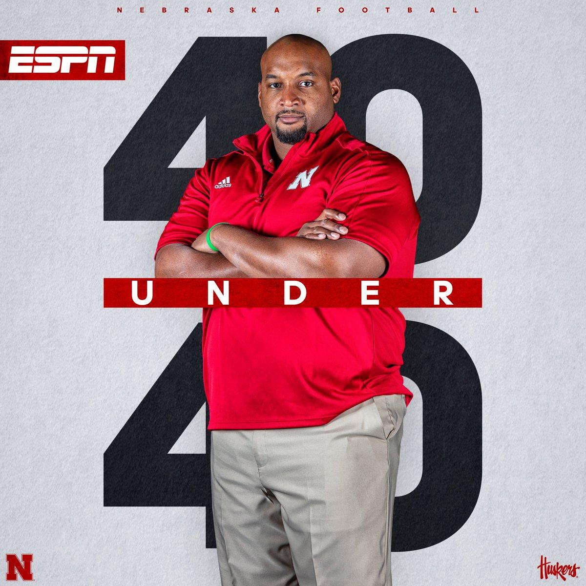 College football's 40 under 40. 👀 Shoutout to @GregAustin2717! 🔗: es.pn/2Me5yar