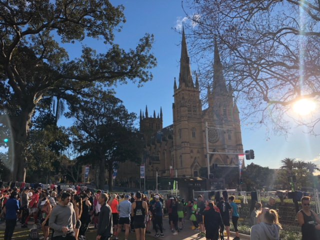 #CITY2SURF: All major & surrounding roads are now closed btwn Hyde Prk & Bondi for #City2Surf. Avoid driving in the CBD and Eastern Suburbs while the roads are closed. Photo