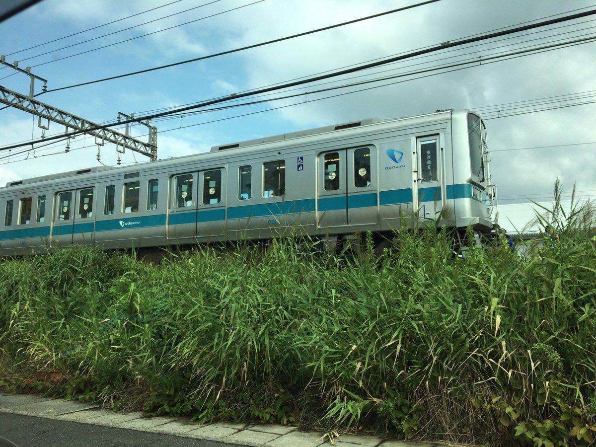 小田急小田原線の伊勢原駅付近で人身事故の現場の画像